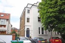 2 bed Flat in Waldegrave Park...