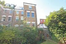 Flat to rent in Waldegrave Park...