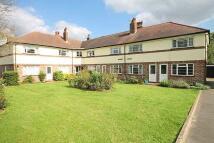 Flat to rent in Hampton Road, Twickenham...