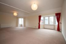 Flat in Thames Street, Middlesex