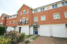 3 bed house for sale in Bowater Gardens...