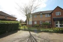 2 bedroom Flat in Shepperton Court Drive...