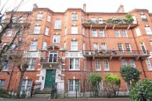 3 bed Flat to rent in Kensington Hall Gardens...