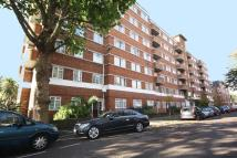 Flat to rent in West Kensington Court...