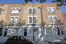 3 bed Flat to rent in Greyhound Road...