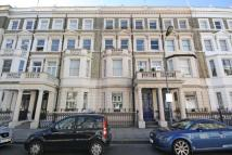 Flat to rent in Comeragh Road...