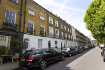 2 bedroom Flat in Pembroke Square