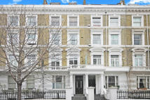 Flat in Finborough Road, Chelsea