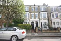 6 bed house in Percy Road, London
