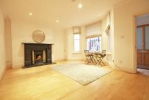 2 bed Flat in Elsham Road, Holland Park