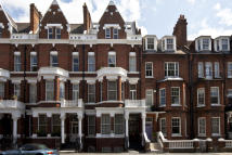 Flat for sale in Addison Gardens, London