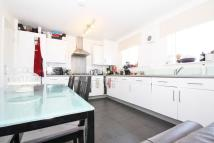 2 bed Flat in Du Cane Road, London