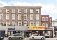 Flat in Goldhawk Road, London