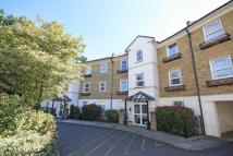 2 bed Flat for sale in Deerhurst Crescent...