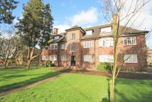 3 bed Flat to rent in Castle Way, Hanworth