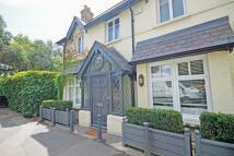 Hampton Court Road house to rent