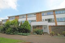 4 bedroom property to rent in Buckingham Avenue...
