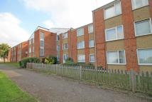 Flat in Deacons Walk, Hampton