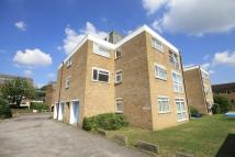 Flat to rent in Station Road, Hampton