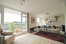 2 bedroom Flat in Victoria Avenue...