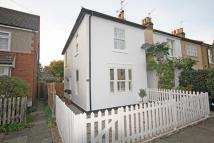 2 bed house in Myrtle Road, Hampton