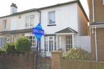 1 bedroom property for sale in Cross Street...