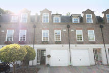3 bedroom home to rent in Abbey Mews, Isleworth