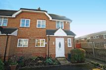 3 bedroom home in Davies Walk, Isleworth
