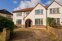 4 bedroom house in Riverside Walk, Isleworth