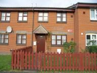 3 bed property in Drayton Close, Hounslow...