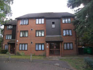 1 bedroom Flat in Acorn Grove, Hayes