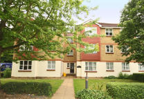 Flat to rent in Malting Way...