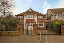 8 bedroom property for sale in Great West Road, Osterley