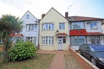 3 bedroom property to rent in Hall Road, Isleworth...