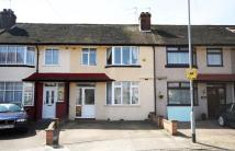 3 bed house to rent in Southland Way, Hounslow
