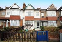 3 bedroom home in London Road, Isleworth