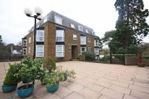 2 bed Flat to rent in Twickenham Road...