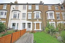 2 bed Flat to rent in Stanley Road, Teddington