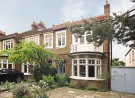 4 bedroom property for sale in Holmesdale Road...