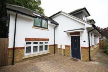 3 bedroom property in Alpha Road, Teddington