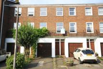 3 bed property to rent in Broom Park, Teddington