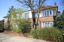 2 bed Flat for sale in Kingston Road, Teddington