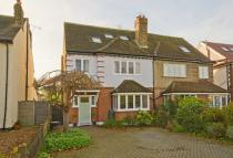 4 bedroom property for sale in Fairfax Road, Teddington