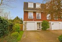 4 bed home for sale in Broom Road, Teddington