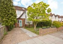 5 bedroom house in Fairfax Road, Teddington