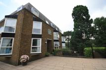 Flat to rent in Twickenham Road...