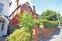 1 bedroom Flat to rent in Lower Teddington Road...
