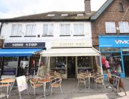 1 bedroom Flat for sale in High Street, Whitton