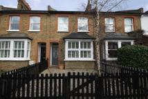 4 bed house in Dean Road, Hounslow