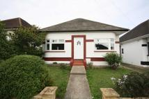 Bungalow to rent in Gladstone Avenue...